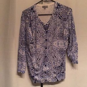 Tops - Womens blue and white XL camisole - super soft!